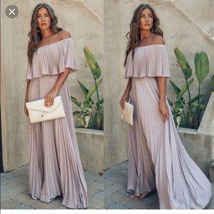 NWT VICI Eternal Love Pleated Maxi Dress